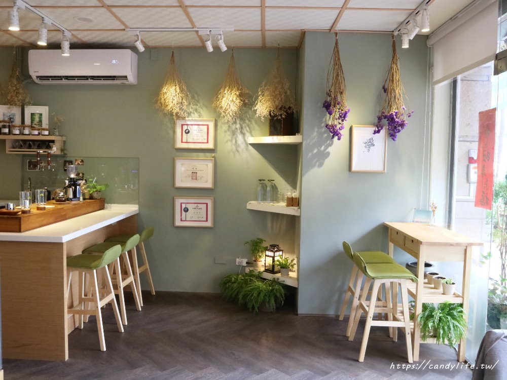 20180524224317 1 - 抹茶控必訪Yasumi cafe!還有超好吃的麻糬鬆餅唷~