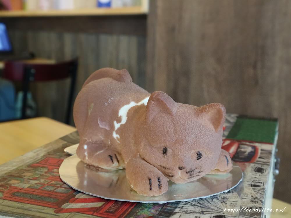 20180821181244 6 - 繼狗狗蛋糕後,又有超萌貓咪蛋糕新亮相,就在Traveler 旅行輕食