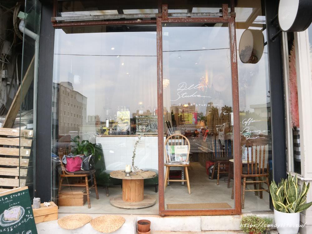 20181107074716 85 - 一中街深夜甜點咖啡館,蒔蘿子咖啡選物工作室網美愛店之一!