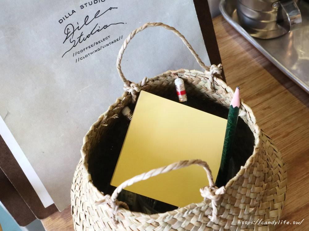 20181107074931 36 - 一中街深夜甜點咖啡館,蒔蘿子咖啡選物工作室網美愛店之一!