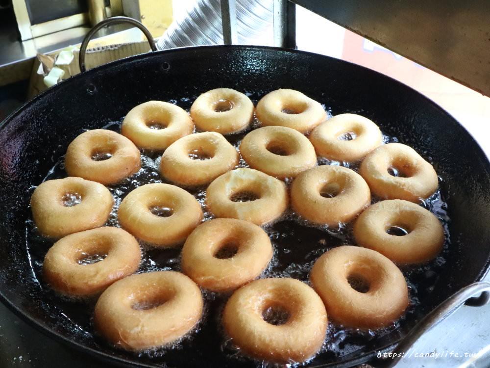 20181117215910 31 - 海嘯吧!小米甜甜圈,一中街也吃的到超夯的小米甜甜圈囉
