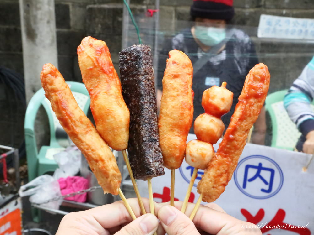 20181128213026 13 - 台中銅板美食!熱狗、米血、黑輪、魚丸通通只要7元~噓!請低調~
