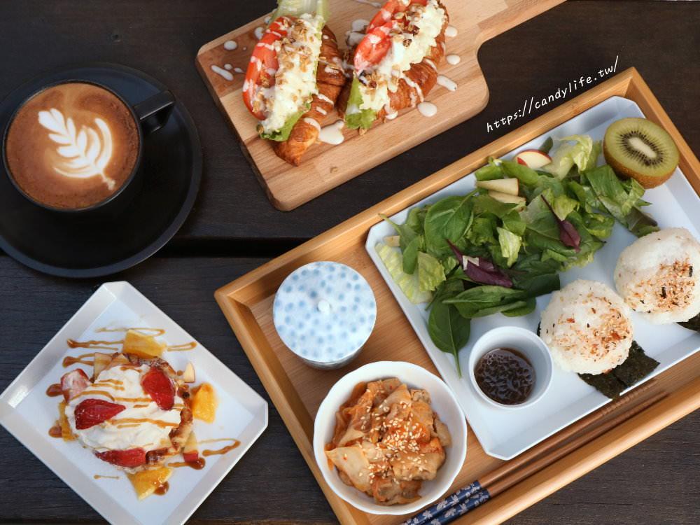 台中美食│一物立方 Cubix〃台中早午餐、咖啡館推薦,裝潢超有質感,結合選物與單車的複合式咖啡館