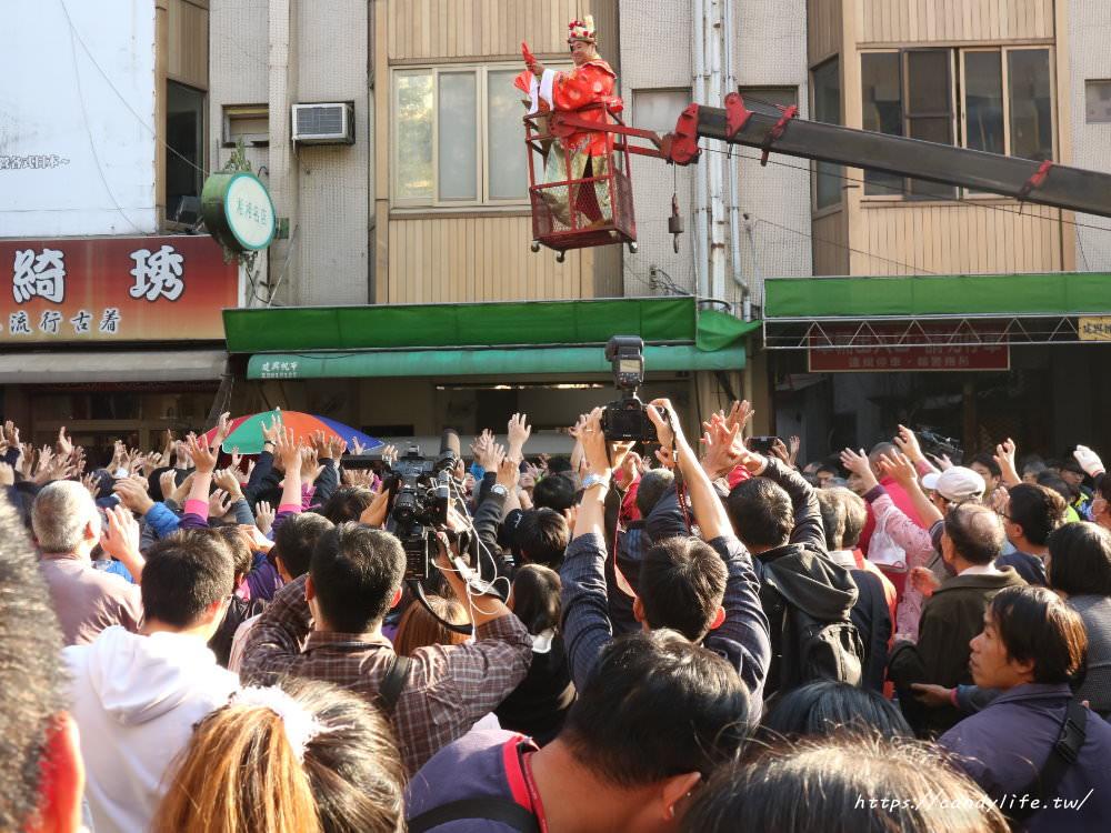 2019天津路年貨大街開跑~喜從天降搶紅包,消費滿300元再抽GOGORO,活動時間1/25-2/4
