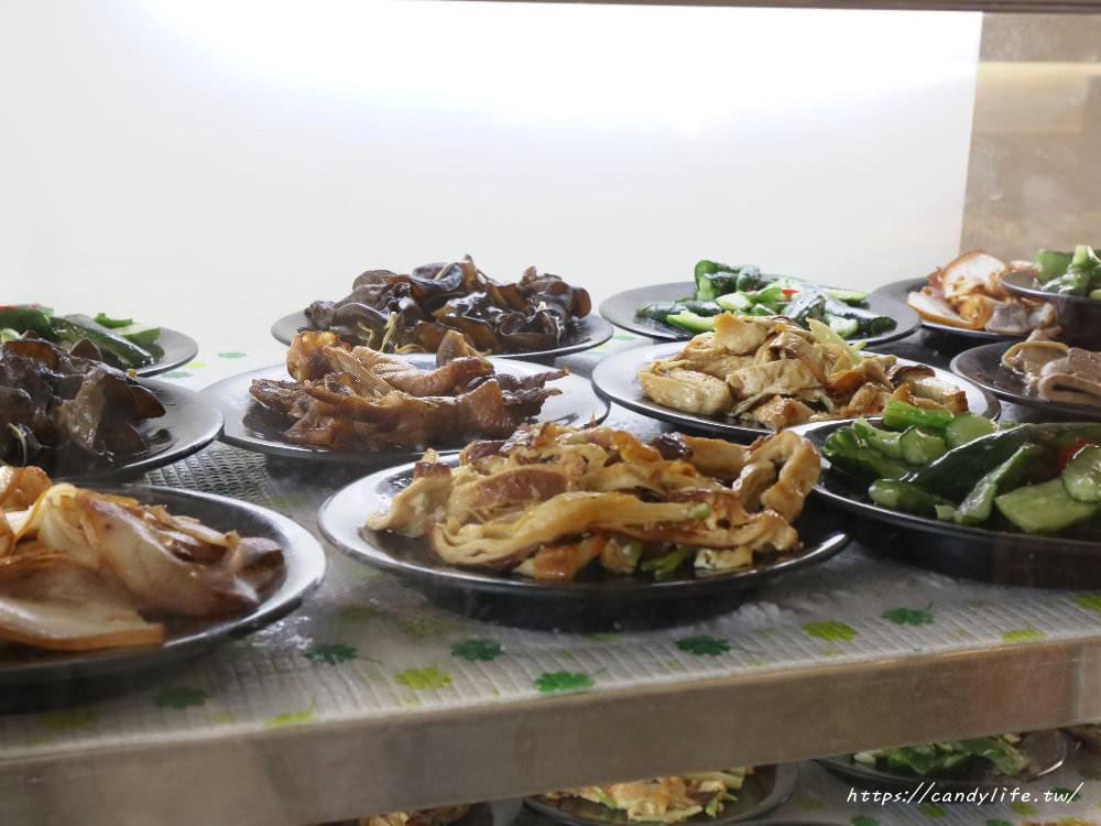 20190131214350 98 - 台中必吃銅板美食!料多到要滿出來的滿溢手工麵線,近台中Costco~