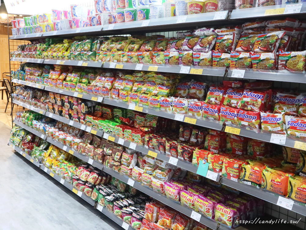20190222181136 27 - 台中超大型東南亞超市,空間寬敞,乾淨明亮,超多零食、生活用品,好逛又好買!
