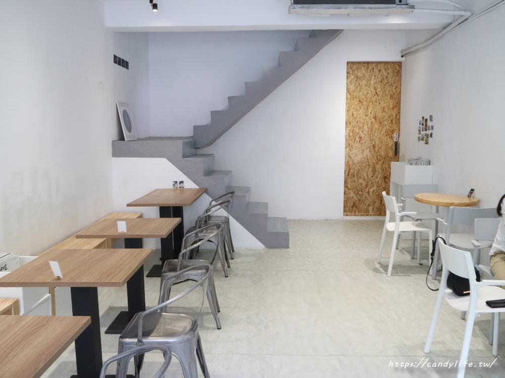 20190917145840 58 - 選物空間中品嘗香醇咖啡與美味甜點,還有免費wifi及免費插座可以使用~
