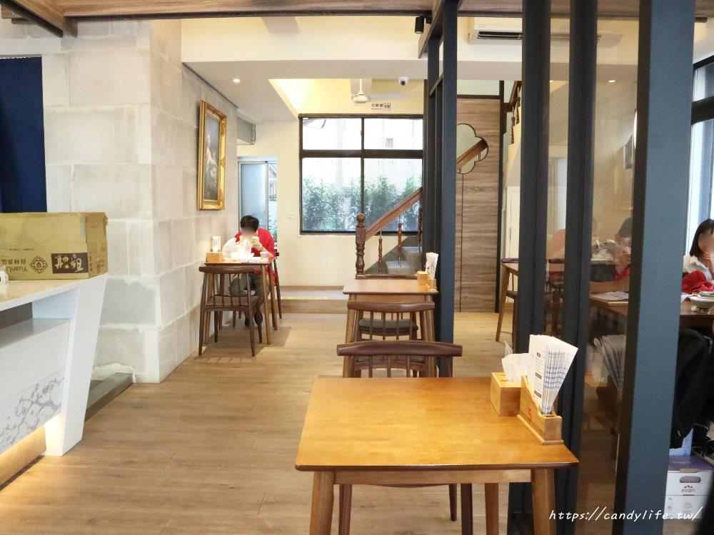 20191110223525 10 - 南國紅豆精誠店新開幕,超美純白色裝潢,除了招牌甜湯外,還多了招牌乾麵、米糕及甜點~