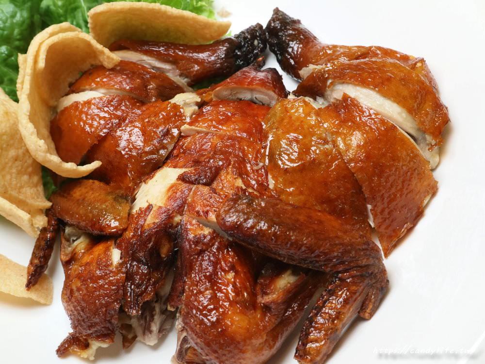 20191113232559 25 - 熱血採訪│台中限定豪華龍蝦海鮮酸菜白肉鍋,整隻龍蝦入料的南和北方館
