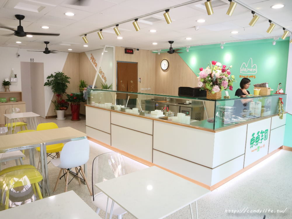 20191216122159 29 - 東東芋圓又有新分店啦!這次裝潢是超美蒂芬妮綠,網美必訪!