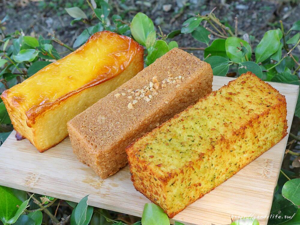 20200130132955 93 - 逢甲人氣現烤菠蘿麵包,外酥內軟,還有香蒜條、乳酪條、花生條,讓人一訪再訪!