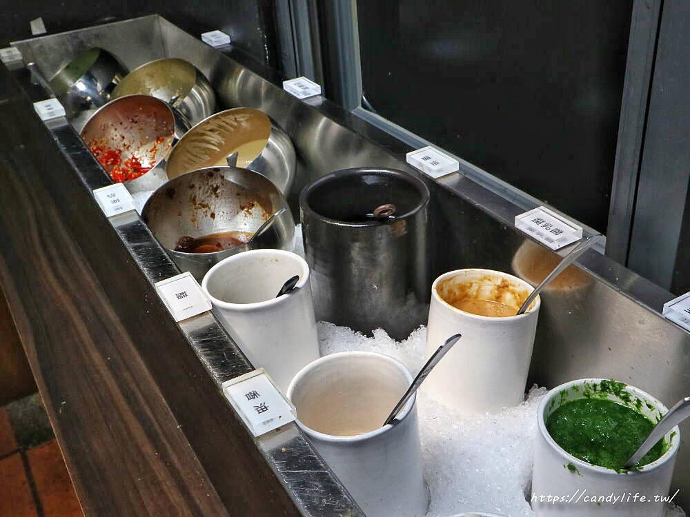 20200320135427 9 - 熱血採訪│炭烤羔羊腿、酸菜白肉鍋吃到飽,一人只要499元!當月壽星四人同行,一人半價~