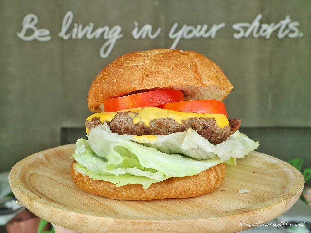20200404200006 17 - 起司流成河大俠牛堡全台樂檸漢堡門市販售啦!熔岩起司搭配1.5倍肉量就是狂!